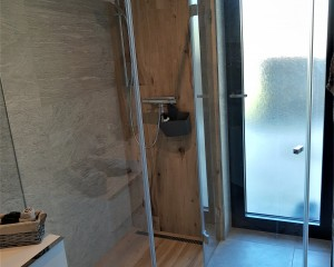 Sklenené sprchové boxy - 50